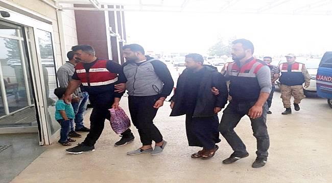 Akçakale'de 3 Deaş'lı Yönetici Tutuklandı