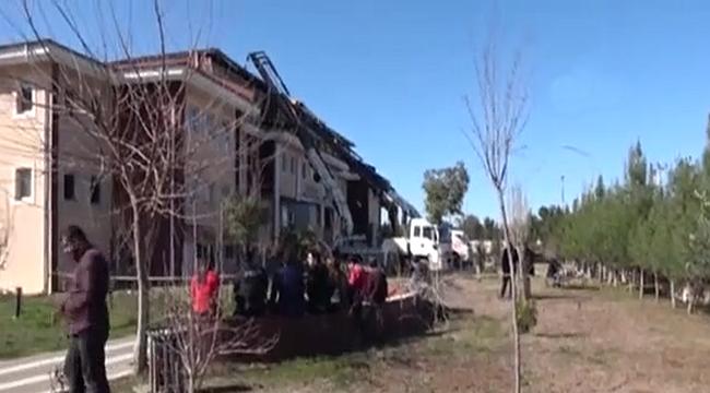 Viranşehir Adliye Binasının Tavanı Çöktü
