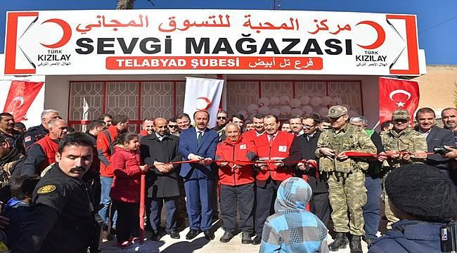 Kızılay'ın Tel Abyad Sevgi Mağazası Açıldı