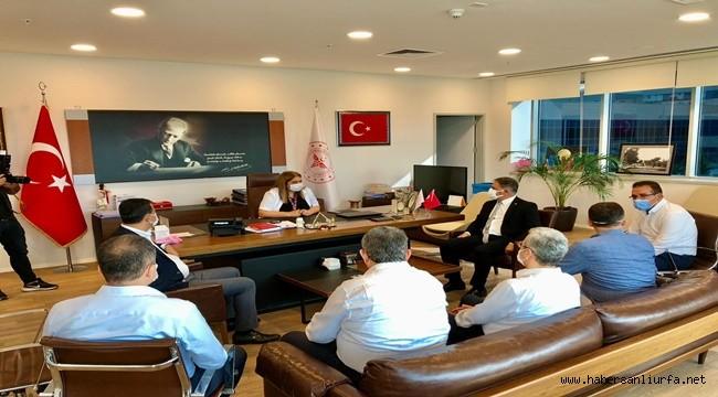 Aziz Aydınlık İçin Chp Heyeti Mersin'e Gitti