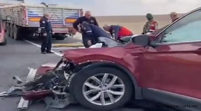 Şanlıurfa- Mardin Kara Yolunda Kaza : 2 Ölü 2 Yaralı