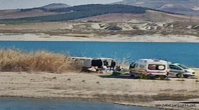 Fırat Nehri Kenarında Duran Minibüste 3 Ceset Bulundu
