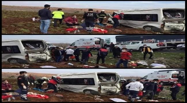 Suruç'ta Tarım İşçilerinin Minibüsü devrildi: 11 Yaralı