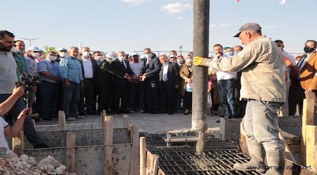 Eyyübiye'de Kapalı Semt Pazarının Temeli Atıldı