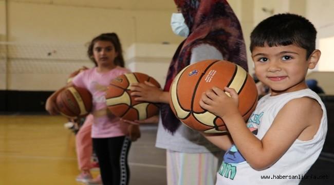 Karaköprü'de Çocuklardan Basketbol Kursuna Yoğun İlgi
