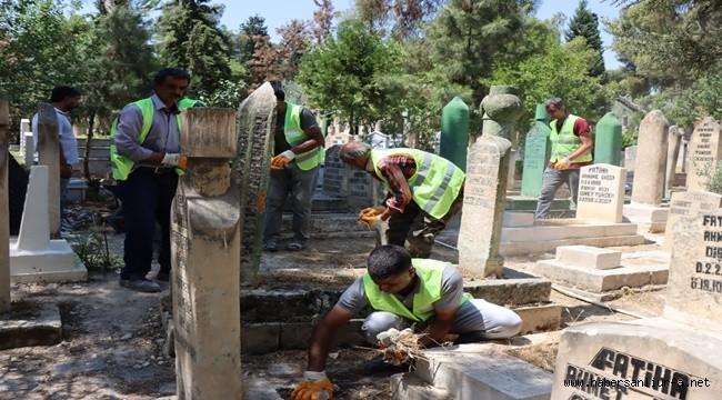Şanlıurfa Mezarlıkları Kurban Bayramı'na Hazır