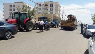 Hilvan 'da Çiftçiler DEDAŞ'ı Protesto Etti