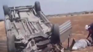 Siverek'te Araç Şarampole Devrildi: 2 Yaralı